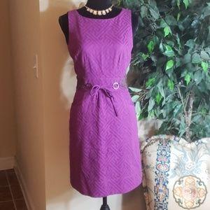 Beautiful Taylor dress!